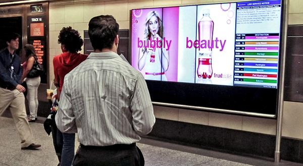 pannello digitale pubblicitario e informativo