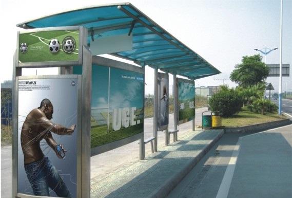 fermata autobus pubblicità pannelli policarbonato