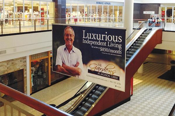 pubblicità condominio Senior presso centro commerciale