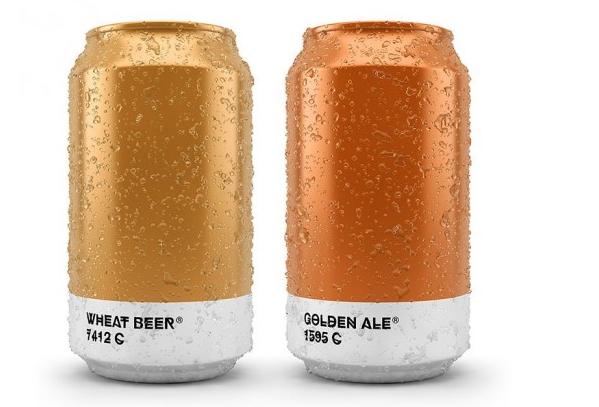 lattine di birra con etichetta colore pantone