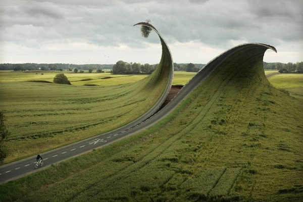 Erik Johansson cutted road