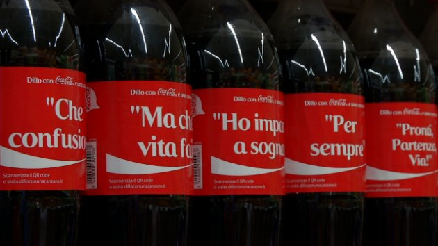 coca cola etichette titoli canzoni