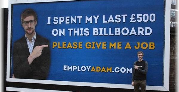 cartellone pubblicitario ricerca lavoro disoccupato